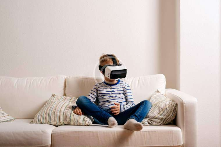 Benefits And Drawbacks Of Using Virtual Reality In Learning